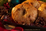 Apple Cinnamon Bagels (Close up)